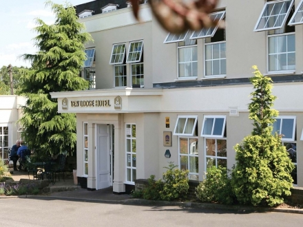 Best Western Premier Yew Lodge